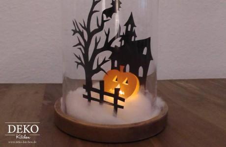 DIY Halloween Spukhaus unter einer Glasglocke Deko-Kitchen