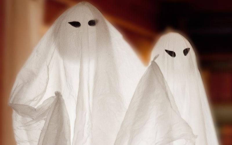 DIY Schwebende Halloween-Gespenster für Partydeko Deko-Kitchen