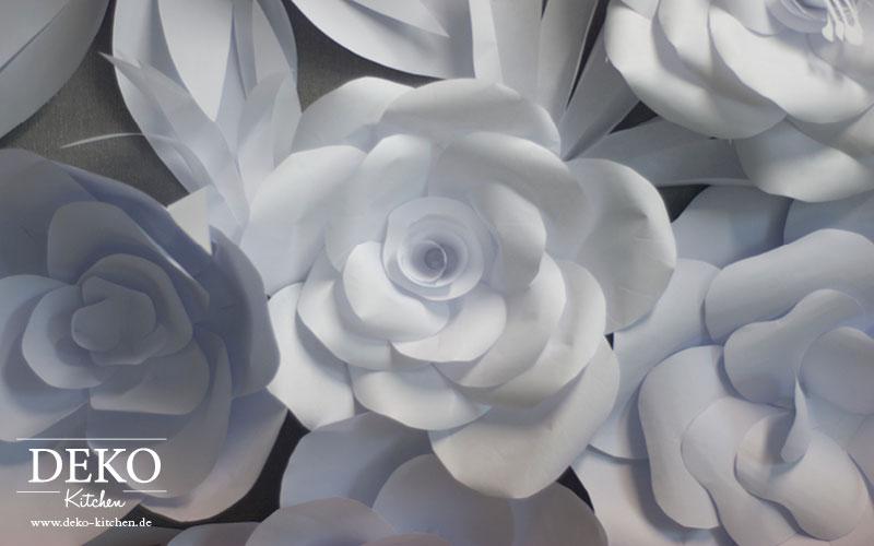 DIY Papierblütenwand als Hochzeits-Deko selber machen Deko-Kitchen