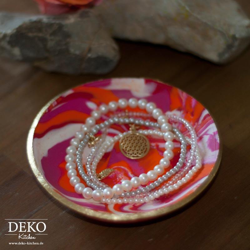 DIY: Hübsche Deko-Scaheln aus Fimo selber machen Deko Kitchen