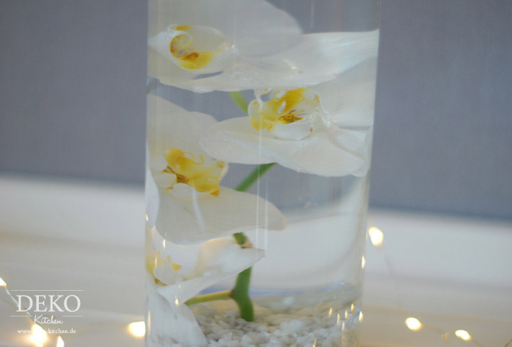 DIY: Unterwasserblumen als Tischdeko