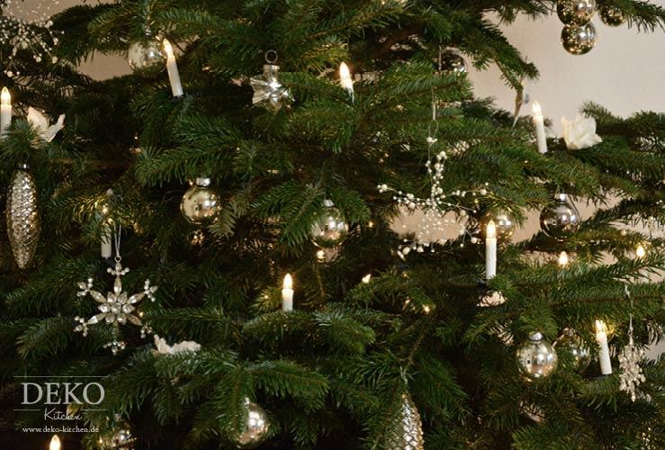 Dekoidee Weihnachtsbaum mit Kristallen und Blüten Deko-Kitchen