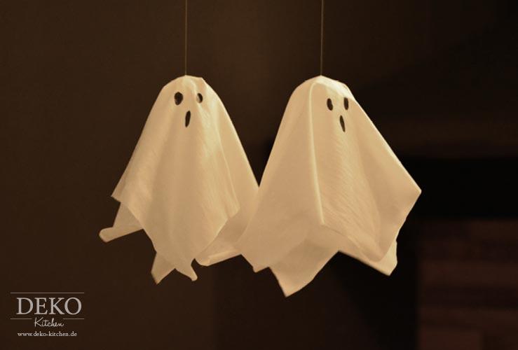 DIY: süße Halloween-Gespenster aus alten Hemden Deko-Kitchen