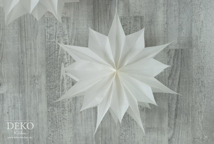 DIY: große Weihnachtssterne aus Brotpapiertüten Deko-Kitchen