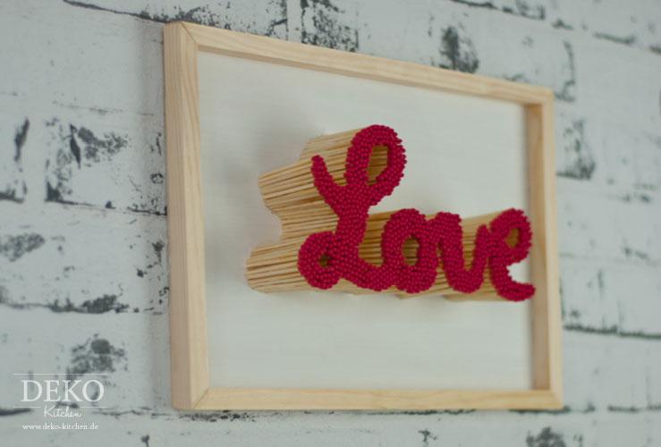 Valentinstag Geschenk Basteln diy schriftzug aus streichhölzern als ausgefallenes valentinstag
