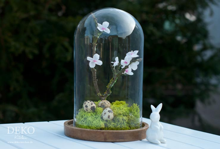 DIY: hübsche Osterdeko unter einer Glasglocke Deko-Kitchen