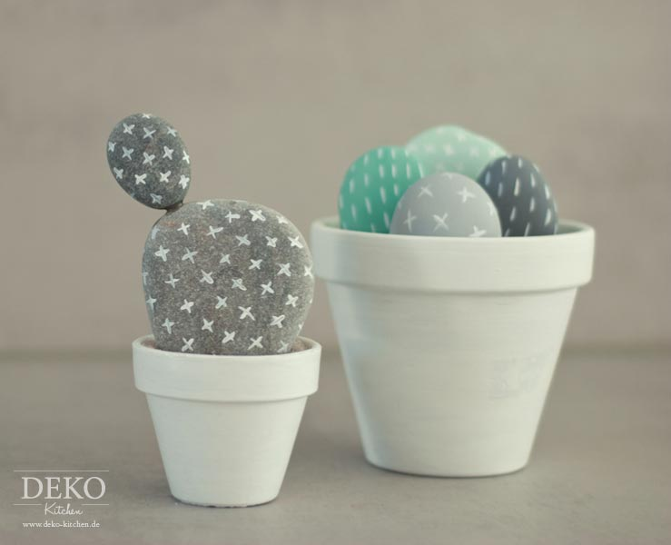Diy s e kakteen aus steinen deko kitchen for Deko kitchen papierblumen