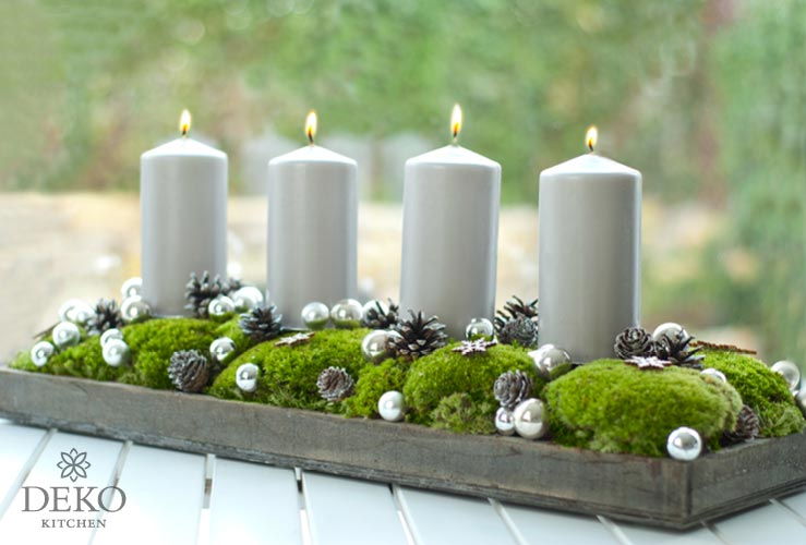 diy h bscher l nglicher adventskranz mit moos und kugeln deko kitchen. Black Bedroom Furniture Sets. Home Design Ideas