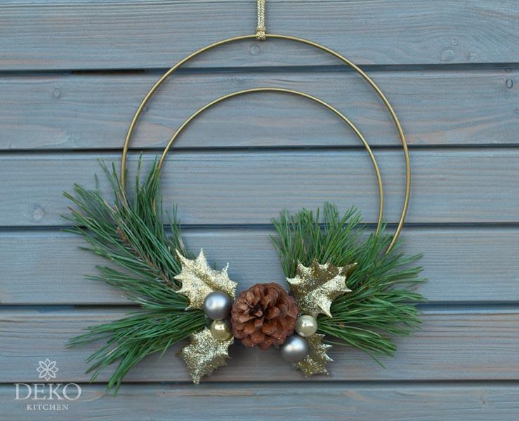 DIY: Weihnachtsdeko für die Wand mit Metallringen Deko-Kitchen
