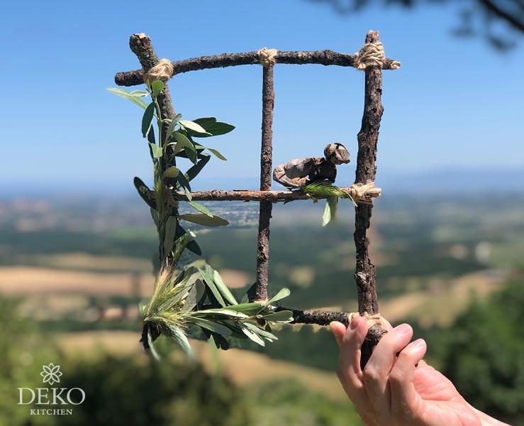 DIY: hübscher Fensterrahmen aus Zweigen – Deko-Kitchen